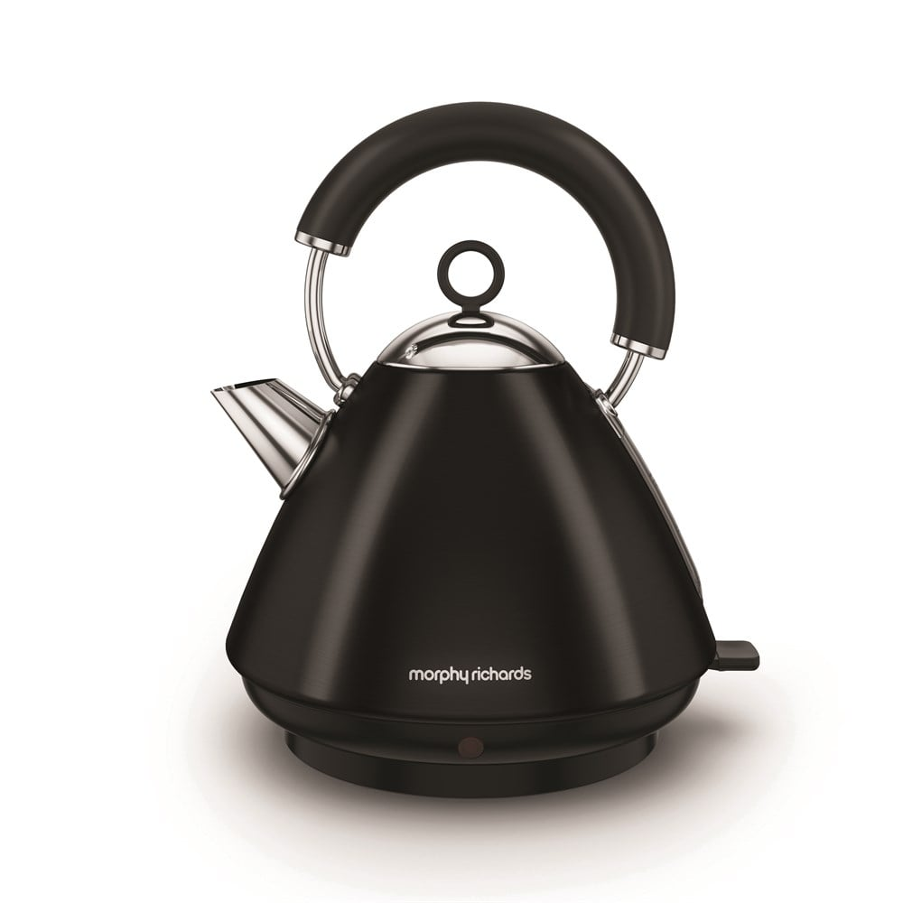 Morphy Richards Kettle: Morphy Richards Accents Pyramid Kettle, Black